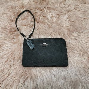 Coach Signature Corner Zip Clutch Wallet F64375